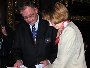 Secretary of State Mary Kiffmeyer and Tony Kielkucki, deputy secretary of state for elections, counted Minnesota's electoral votes (MPR Photo/Laura McCallum)