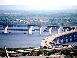 MPR: Major accident closes bridge between Duluth and Superior