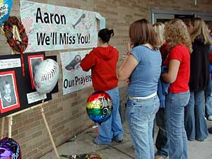 red lake high school shooting This page gives an overview of us school shootings that have taken   deadliest incident: red lake high school massacre on march 21,.